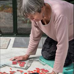 Arbeit am Boden-Mosaik