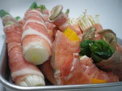アツアツ鉄板肉巻き野菜焼き