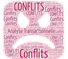 Pour dénouer les situations conflictuelles avec l'Analyse Transactionnelle, nous aidons les collaborateurs qui se retrouvent bloqués dans des situations qui les dépassent.