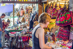 Einkaufen von Bekleidung in Bangkok