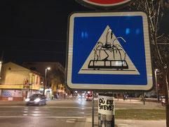 Détournement de panneau réalisé à Toulouse