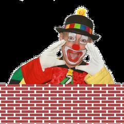 Clown KlaRo auf Mauer