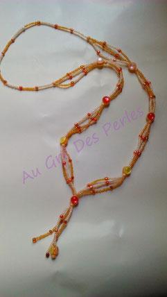 Sautoir : perles de rocailles et perles acryliques