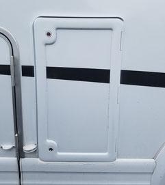 Gasflaschenaußentür nachgerüstet