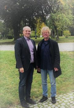Bürgermeister Matthias Leyn (links) mit Künstlerischem Leiter Gerd-Uwe Klein