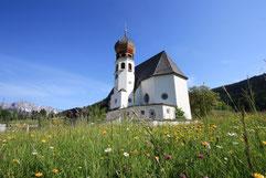 Pfarrkirche in Oberau / Bayern  @Photowelten-UweMarquart