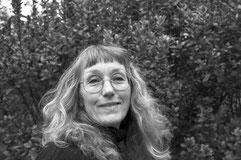 Porträtfoto (schwarz-weiß) von Andrea Weisbrod