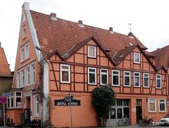 Altenbrückertorstraße 1