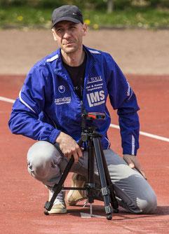 Dem Ingeniör ist nichts zu schwör - Rico Harzer hat den kleinen Leica-Tachymeter LA-fähig gemacht