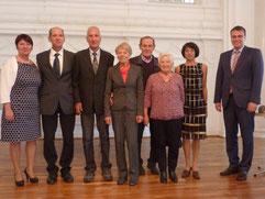 ( v.l.) : Präsidentin Elvira Menzer-Haasis, Georg  Hauger, Peter Lessing, Heinz Gabel, Joachim Halm, Elfriede Hodapp,  Roland Käshammer, Staatssekretär Volker Schebesta.