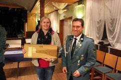 Heike Külbs nahm stellvetretend für H.-W. Külbs den Preis entgegen.