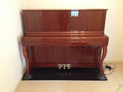 消音機付きアップライトピアノ