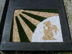 Grabgestaltung Sonne mit Engel