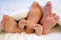 R&H Wasserbetten steht als zertifizierter Fachanbieter für Kompetenz in Schlafberatung und gutes / gesundes schlafen