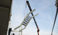 Fluchttreppe im Anflug - dank Kranarbeiten Tobias Lutz