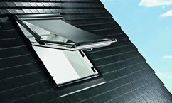 Dachfenster Außenansicht mit UV-Schutz - Ihr Zimmermeister Tobias Lutz, Dachfenster-Profi