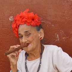 immer noch beliebt: eine gute Zigarre ...