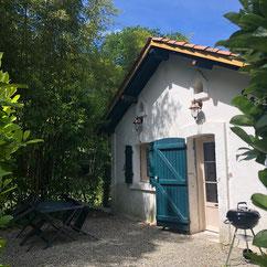 Gîte le Bûcheron at Belle Epoque estate in Linxe 40