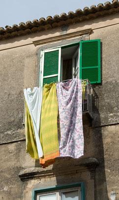 Wäschetrocknen in Korsika
