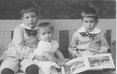 Kindheitsfoto der drei Litten Brüder