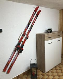 Wandhalterung Wandmontage Ski horizontal vertikal Ski Halterung wall mount Fixie