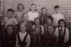 Рубинская Н.А.(слева)-Орден Ленина-1950 г.