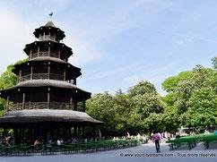 La tour chinoise de Munich et son Biergarten