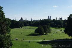 Le jardin anglais de Munich est le plus grand parc urbain du monde.