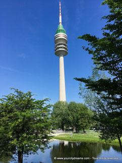 Le parc olympique et la tour de télé à Munich