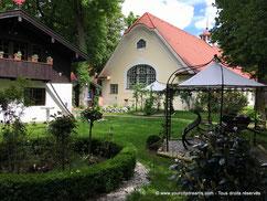 Le cadre bucolique du Biergarten de Menterschwaige à Munich