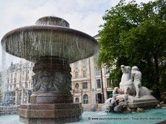 Visiter Munich - La fontaine de Wittelsbach dans la Lenbachplatz