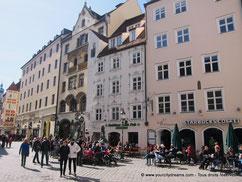 Visiter Munich - La place Platzl et ses restaurants