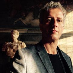 Alberto Desirò, artista, fotografo, curatore, gallerista