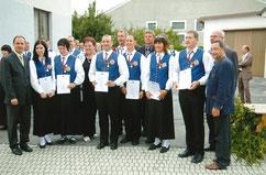 """Das Jubiläumsfest """"30 Jahre JMK Piringsdorf"""" feiert die JMK an zwei Tagen mit insgesamt 11 Gastkapellen. Bei der Marschwertung in der Stufe """"D"""" werden die Musiker für eine hervorragende Leistung mit einem """"Ausgezeichneten Erfolg"""" belohnt. Am Abend spielt"""
