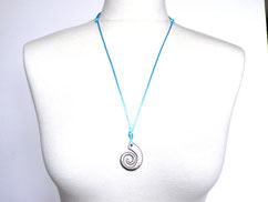 Halskette mit Spirale