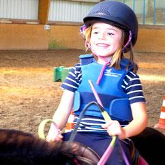 Baby poney, cours poney à partir de 4 ans à Sens