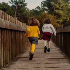 LIFESTYLE AMOUR ENFANT FAMILLE LOVE COUPLE ENCEINTE GROSSESSE FOREST BORDEAUX GIRONDE MERIGNAC BORDEAUX FRANCE DAVID VINSO PHOTOGRAPHE ART LOVE NATURE FAMILY