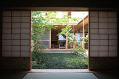 前事務所担当物件(横内敏人建築設計事務所):茨木のコートハウス 画像