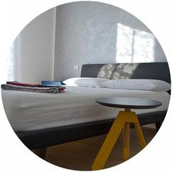 Riqualificazione di un appartamento a Verona con un intervento di ridistribuzione degli interni, totale rifacimento delle finiture e progetto dell'arredamento.