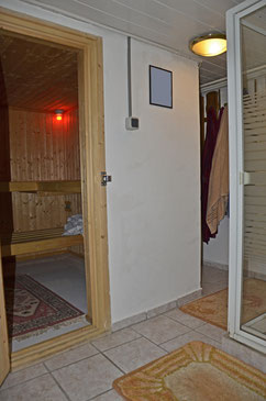 Reihenmittelhaus Mit Sauna Keller Und Garten Im Zentrum Von 56626