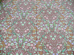 40サテン 小花柄ピンク