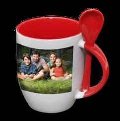 Tasse Rouge avec cuillière.