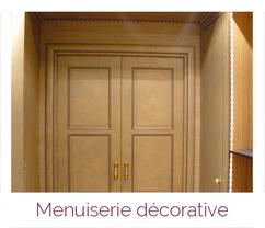 Eléments décoratifs en menuiserie bois artisanale
