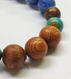屋久杉ブレスの特徴