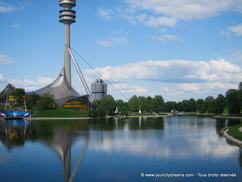 Le parc olympique de Munich est très touristiques et accueille de nombreux festivals.