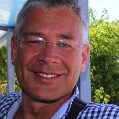 Dr. med. Raimund von Helden
