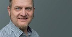 Stefan Lange schreibt Texte für IT, Technologie, Wissenschaft, Freizeitindustrie und Soziales