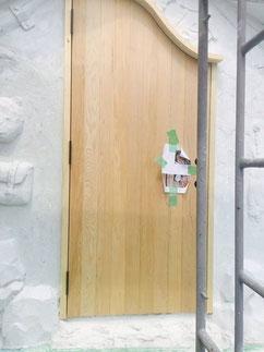 Mini Houseに取り付けられた製作ドア