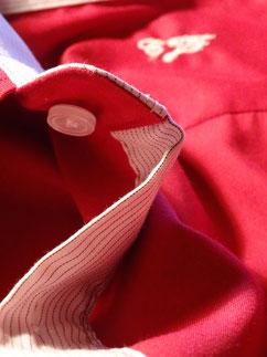 Kontrastknopfleiste/ contrast button facing. Photo: Men's Individual Fashion