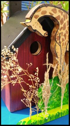Mooi vogelhuis, vogelhuisje met giraffe, nestkastje, leuk vogelhuisje, handgemaakt, speciaal, uniek
